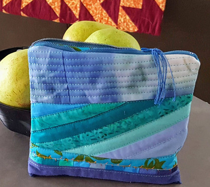 Quilted art - travel bag