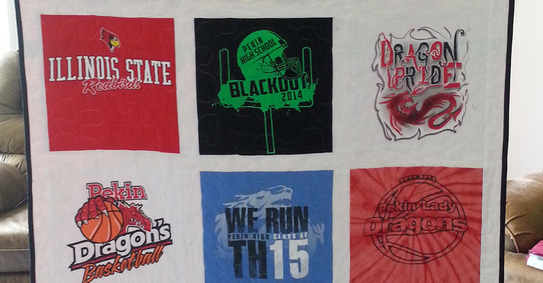 tshirt quilt basic throw.jpg