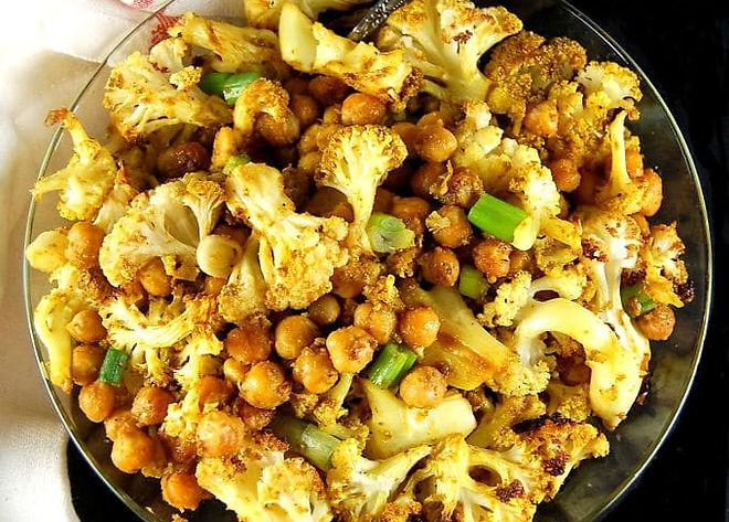 roasted-cauliflower-chickpeas.jpg