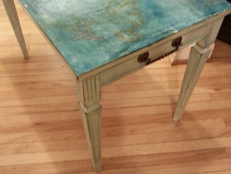 Map Side Table