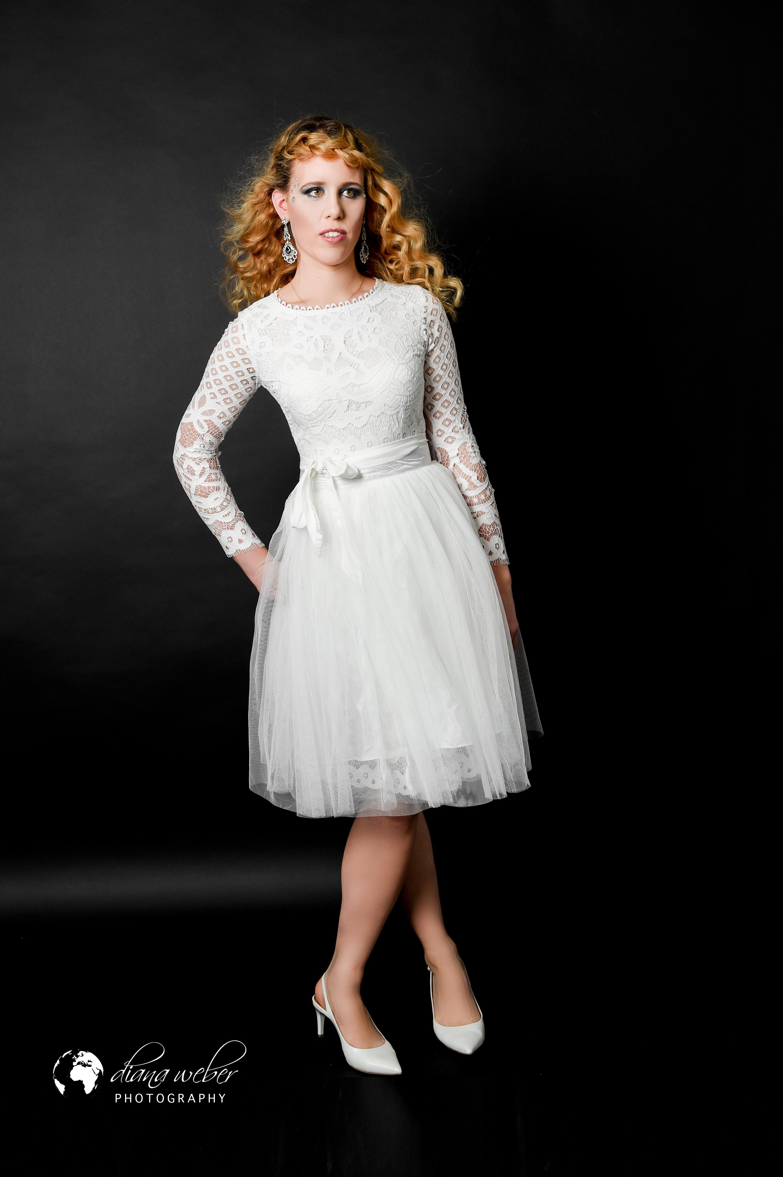 Fashion white skirt