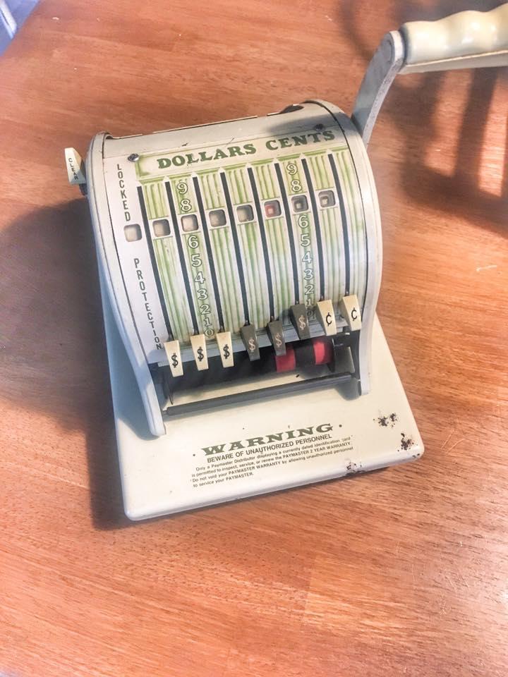 Vintage Check Maker