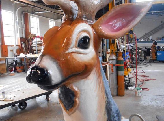 Interchangable reindeer head.