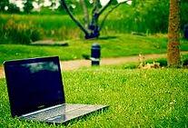 outdoor laptop.jpg