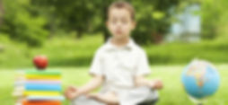 nino-medita-ojos-cerrados-p.jpg