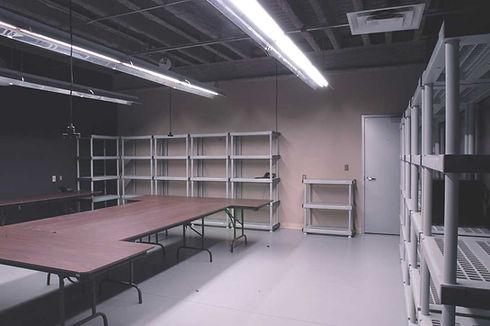 Manitoba Production Centre - Wardrobe.jp