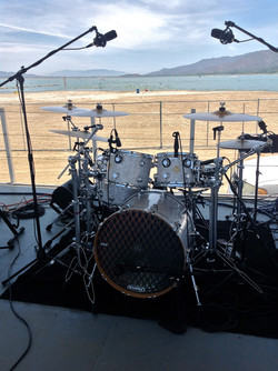 DW Kit w / Sabian Cymbals
