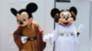 Mickey-and-Minnie-Star-Wars-Weekends-Wal