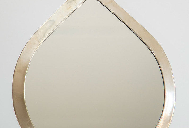 Drop-Shaped Mirror Set