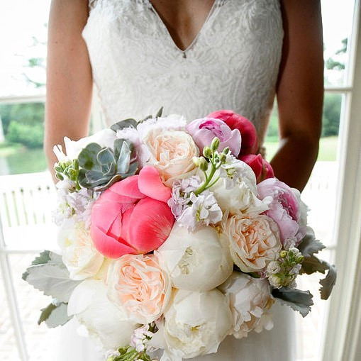 Peony, garden roses and succulents