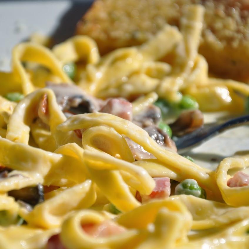 fettuccine_pancetta_peas