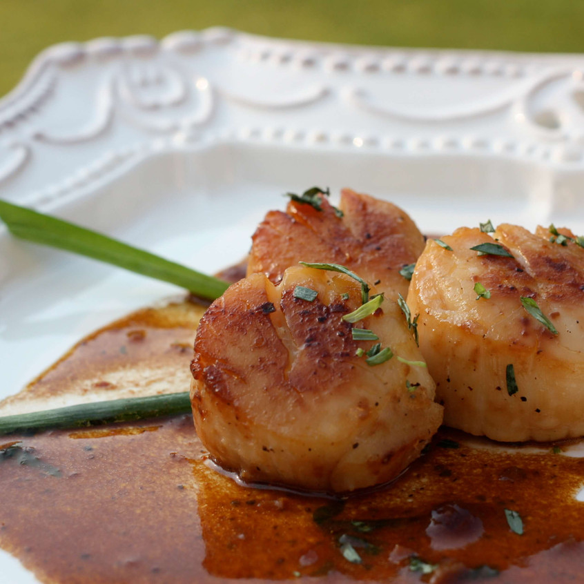 scallops_with_cherry_sauce