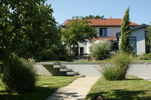 Aménagement extérieur d'un jardin à Caluire