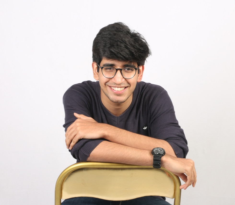 Youtuber, Speaker, Blogger & Co-founder of two2projects, Divyansh Tuteja tells about his journey.