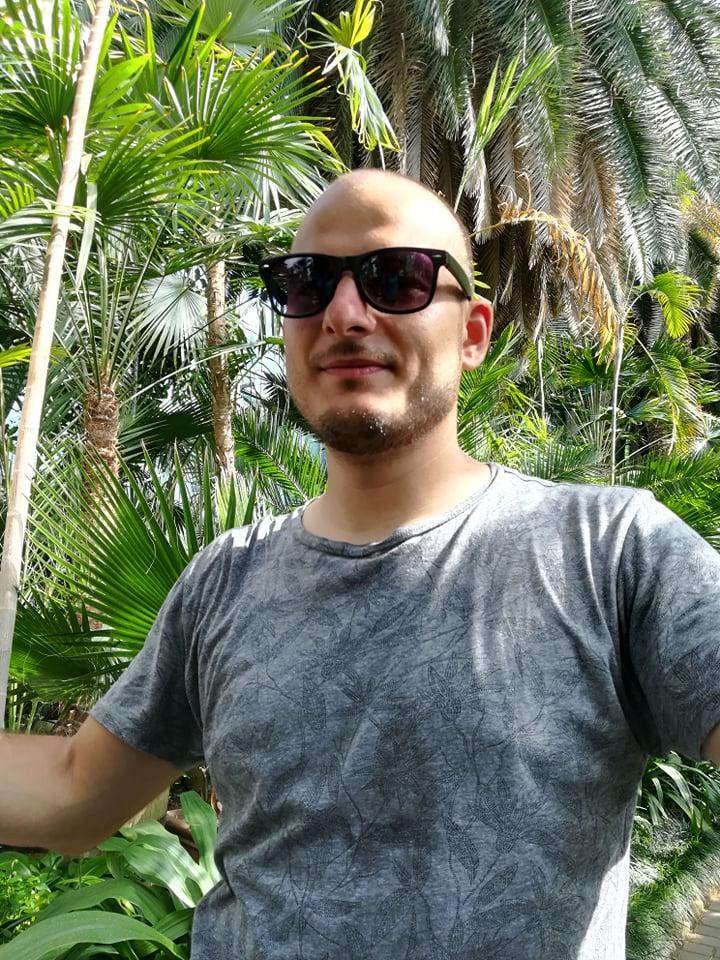 DJ FLO.