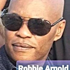 robbie arnold.jpg