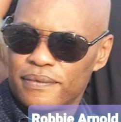 robbie arnold