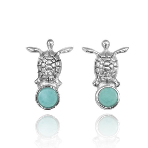 [NES3700-LAR] Sterling Silver Turtle Stud Earrings with Round Larimar