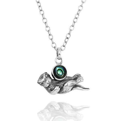 [NP12863-ABL] Floating Sea Otter Holding Round Abalon shell Oxidized Silver P