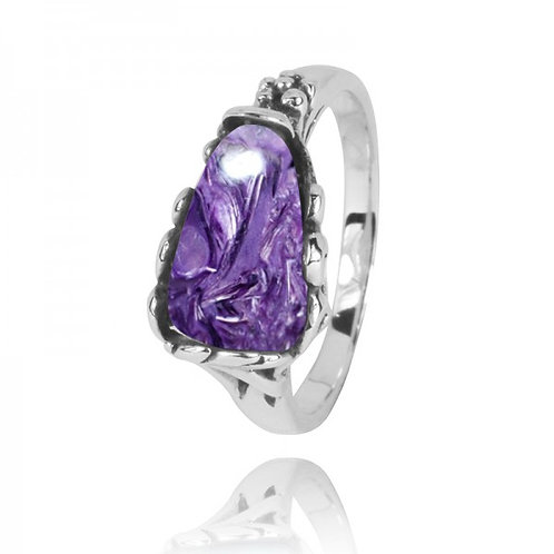 [NRB3344-CHR] Triangle Shape Charoite Statement Ring
