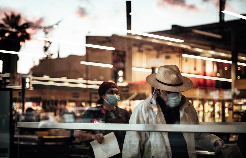 Scenes-The man under the Panama hat (FD5