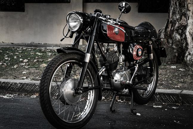 Vehicles-Moto-Benelli 3 (sony).jpg