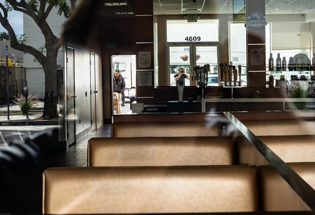 Scenes-Empty Diner (FD50) 03.12.2020 -.j