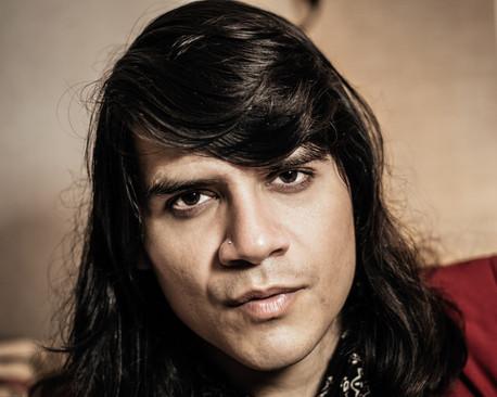 Portraits-Andres Villaruel (FD50*) 08.31