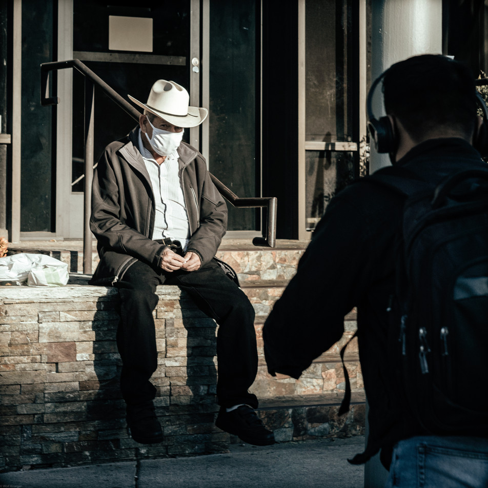 Scenes-Old man wearing a cowboy hat and