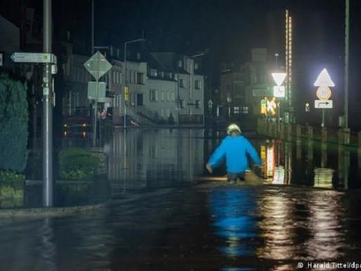 Φονικές πλημμύρες στη Γερμανία - Τέσσερις νεκροί και 30 αγνοούμενοι