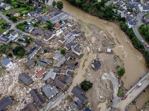 «Βιβλική» καταστροφή από τις πλημμύρες σε Γερμανία, Ολλανδία, Βέλγιο -Πάνω από 150 οι νεκροί