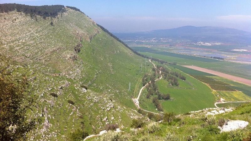 הר הגלבוע והעמקים