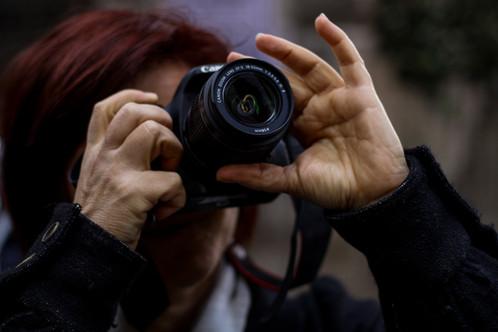 APERITIVI D'ARTE E CULTURA AL BORGO, GIOVEDI 20 LUGLIO SI PARLA DI FOTOGRAFIA