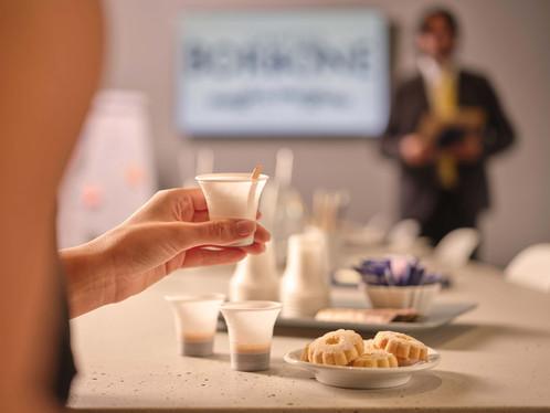 LA NUOVA IDEA GREEN DI CAFFÈ BORBONE, BICCHIERI COMPOSTABILI E PALETTE BIODEGRADABILI