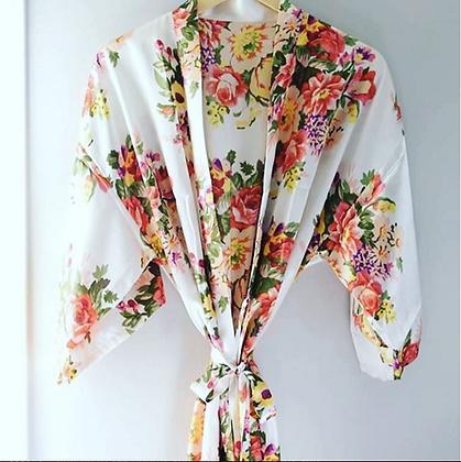 Robe Branco com Estampa Floral