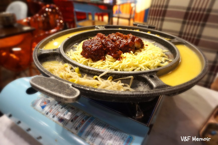 大圍隱世韓國餐廳 - 超濃味即煮芝士拉骨