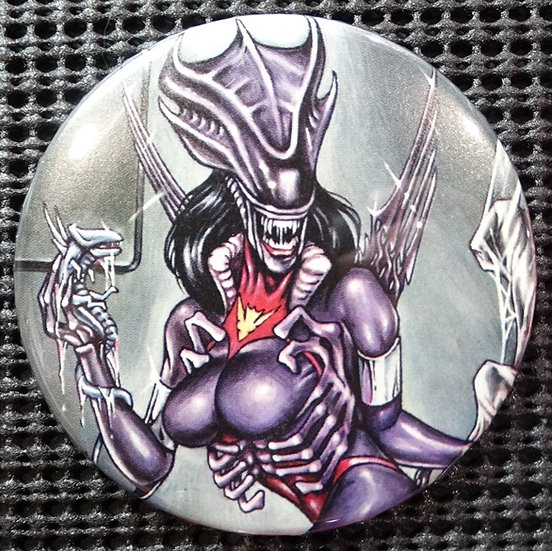"""ALIEN/VAMPIRELLA HYBRID"" POP CULTURE 3"" PINBACK/PIN-BACK COMIC BUTTON"
