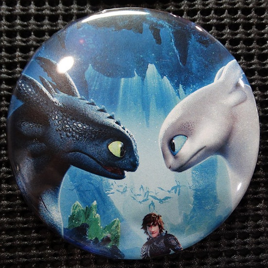 """TOOTHLESS/LIGHT FURY"" POP CULTURE 3"" PIN-BACK COLLECTOR COMIC BUTTON"