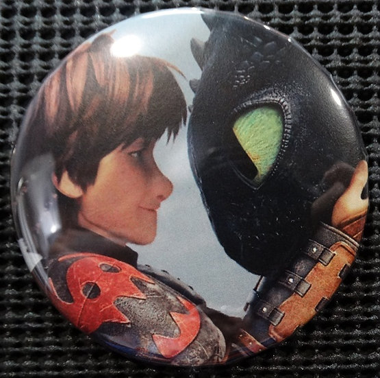 """HICCUP/TOOTHLESS"" POP CULTURE 3"" PIN-BACK COLLECTOR COMIC BUTTON"