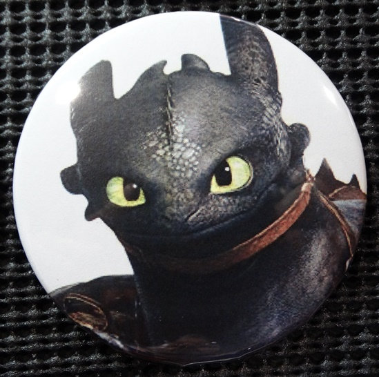 """TOOTHLESS"" POP CULTURE 3"" PIN-BACK COLLECTOR COMIC BUTTON"