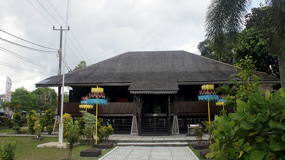 Tanjung Pandan Sightseeing and Shopping
