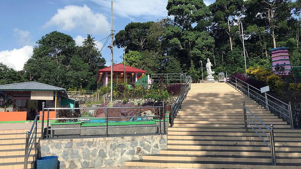 Belitung Highlight with Peramun Hill and Tanjung Tinggi Beach