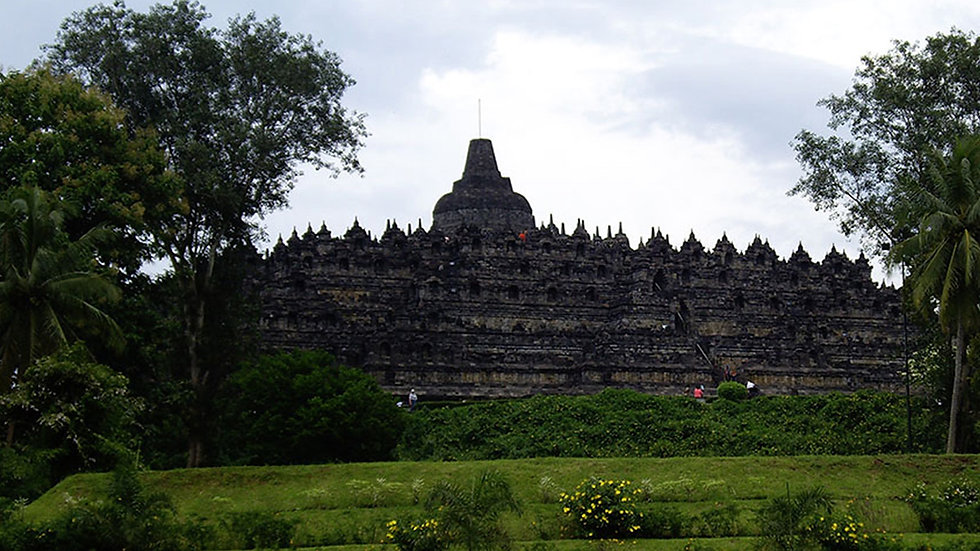 City Sightseeing and Borobudur