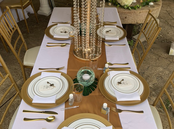November Wedding Tablescape