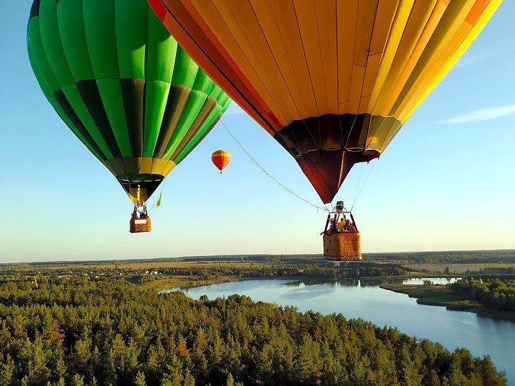 hot air baloons by robert-goldenowl-5350