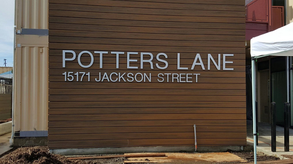 DN Signs Dimensional Letters Potters Lan