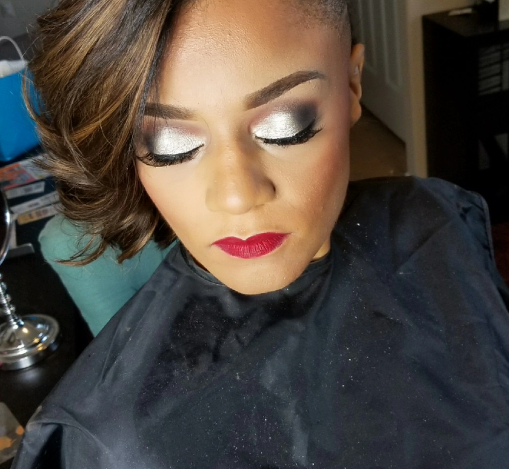 Allure Faces by Nikki Selfies