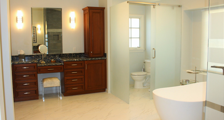 Master Bathroom - Tub and Built in vanit