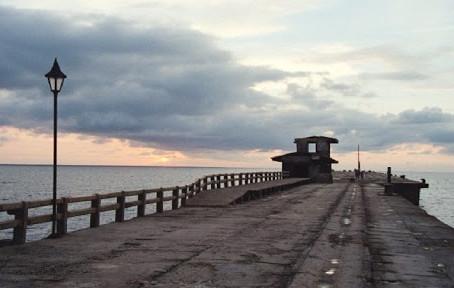 Avanza a paso firme la construcción de la plaza y el ensamble del muelle de Puerto Colombia