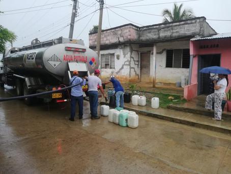 Agua llega en carrotanques a comunidades de Sucre